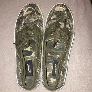 Sparkly camo Arizona brand shoes